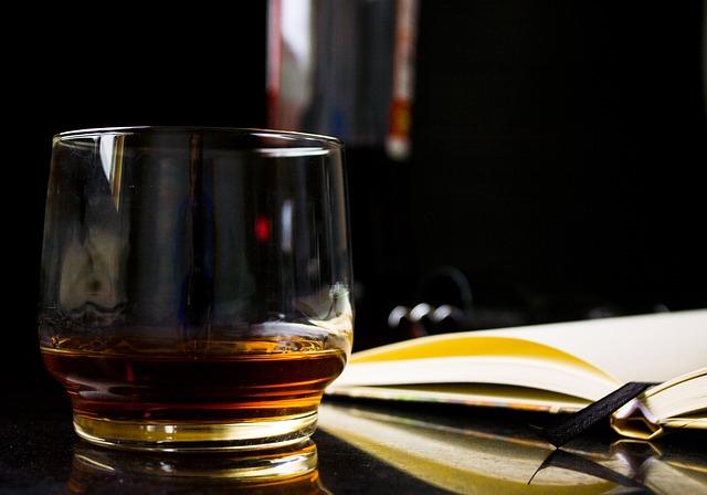 Chi-ha-inventato-il-whisky