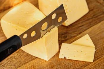 Coltello-per-formaggio-a-trapezio