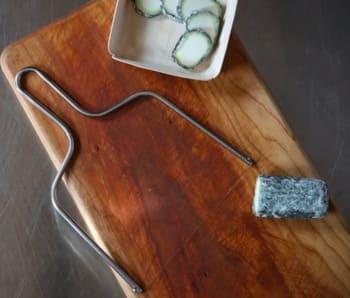 Taglia-formaggio-a-filo
