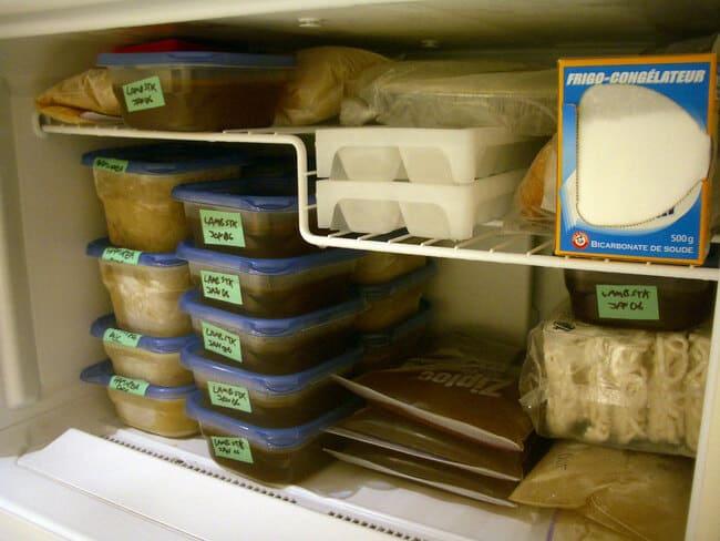 Usa-i-barattoli-di-vetro-per-congelare