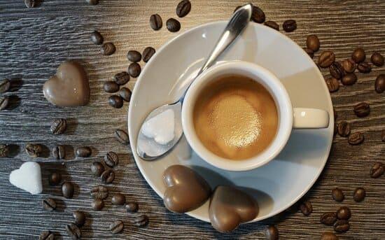 tipi-di-caffe-al-bar-Caffe-espresso